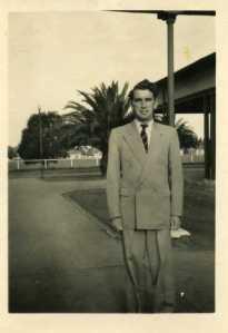 1952-03-je-nolan-1